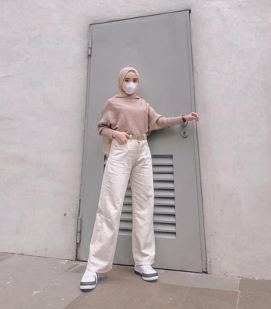 أفكار لتنسيق الحجاب مع قناع الوجه أو الكمامة  (22)