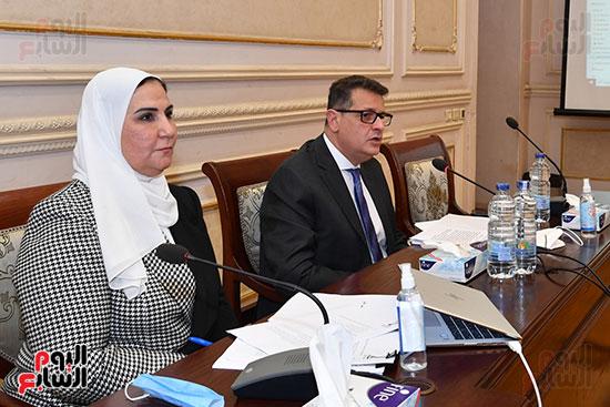 لجنة حقوق الانسان (6)