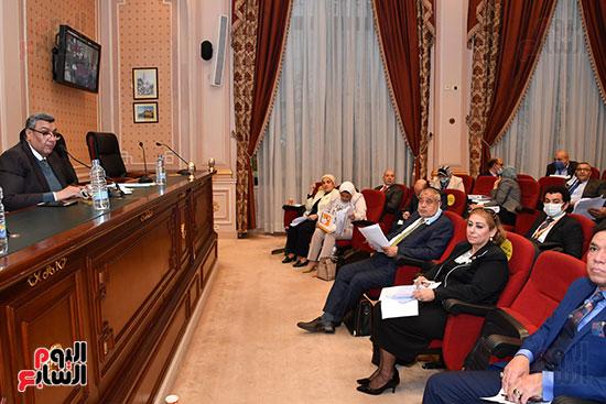 لجنة الخطة والموازنة (4)