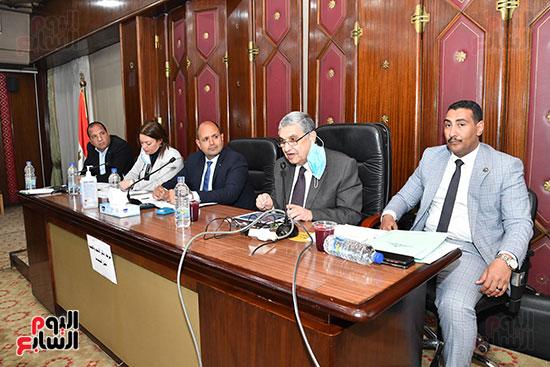 لجنة الطاقة (6)