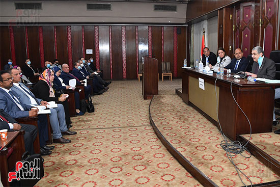 لجنة الطاقة (4)