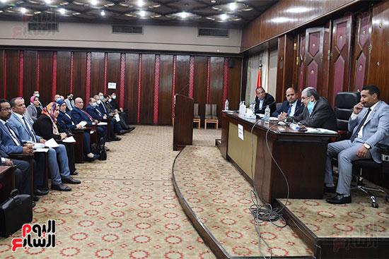لجنة الطاقة (2)