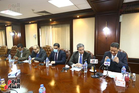 اجتماع المجلس الأعلى لتنظيم الإعلام بالقيادات الإعلامية (4)