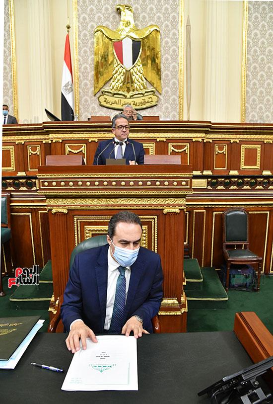 جلسة مجلس النواب بحضور وزير الاثار (5)