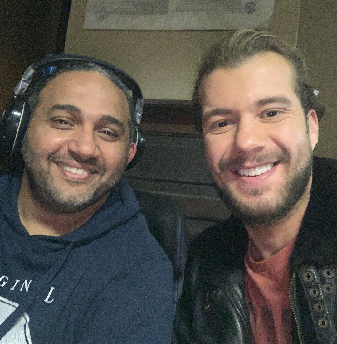 أحمد إمام مع مخرج المسلسل