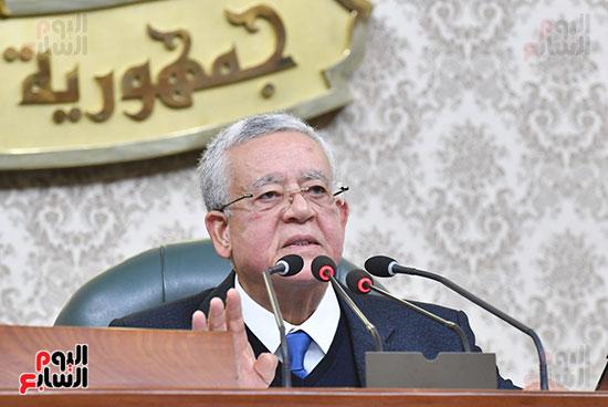 المناقشة النيابية لوزير الأثار والسياحة الدكتور خالد العناني (2)