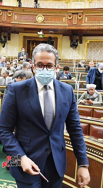 جلسة مجلس النواب بحضور وزير الاثار (79)