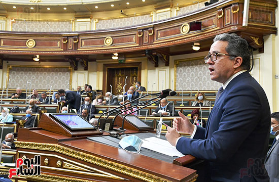 جلسة مجلس النواب بحضور وزير الاثار (1)