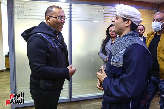 حديث متبادل بين الكاتب الصحفى خالد صلاح والشيخ محمود التهامى نقيب المنشدين