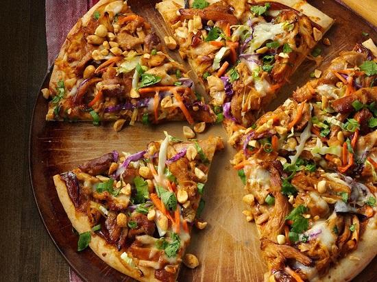 طريقة البيتزا بالفراخ