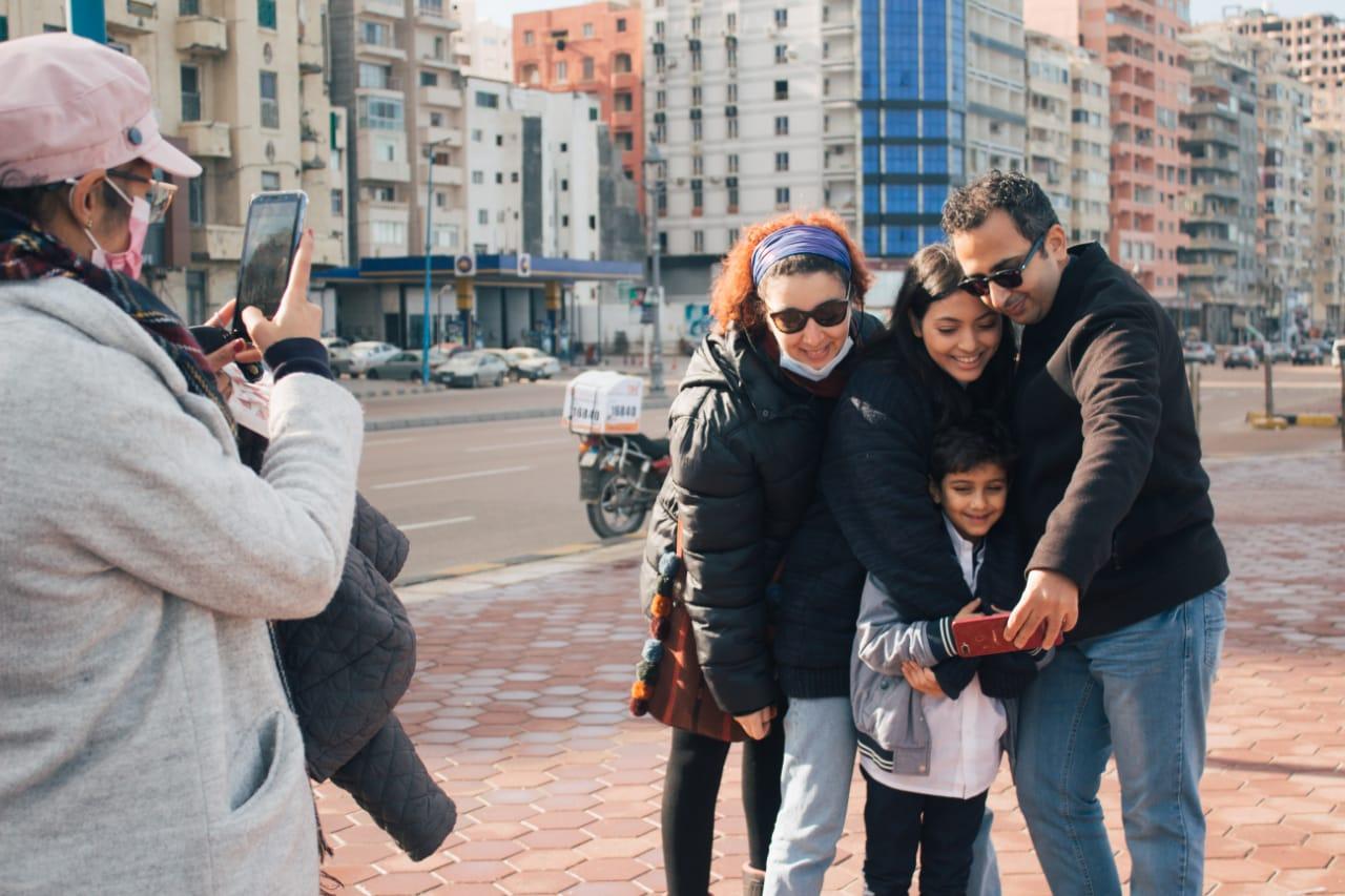 كواليس تصوير فيلم ماما لمي الغيطي
