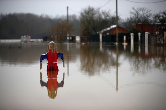 فيضانات فرنسا (17)