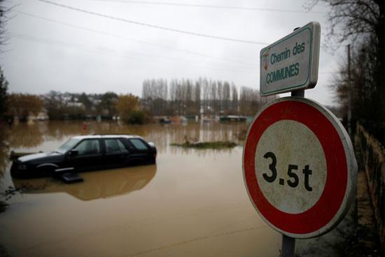 فيضانات فرنسا (15)