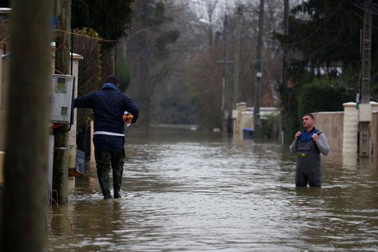 فيضانات فرنسا (13)
