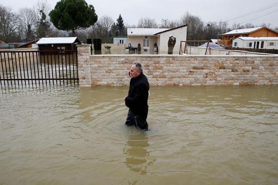 فيضانات فرنسا (4)