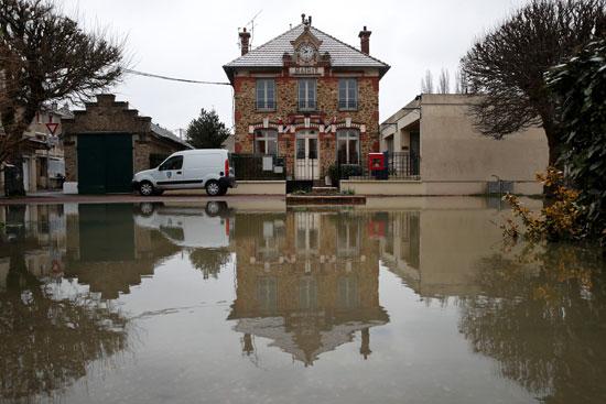 فيضانات فرنسا (16)