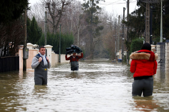 فيضانات فرنسا (8)