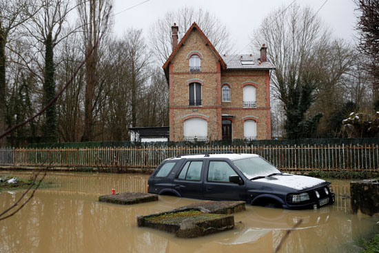 فيضانات فرنسا (14)