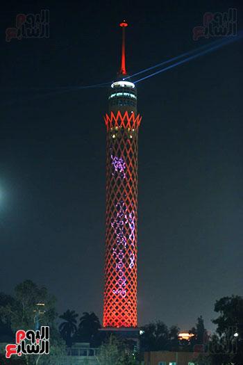 برج القاهرة يتزين بعلم الامارات