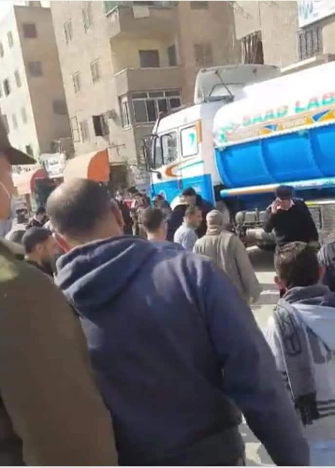 سيارة نقل تدهس رجل وزوجته بكفر الشيخ