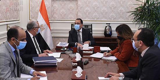 رئيس الوزراء يتابع ملفات عمل وزارة الزراعة (1)