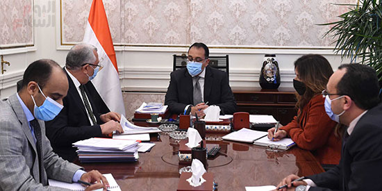 رئيس الوزراء يتابع ملفات عمل وزارة الزراعة (2)