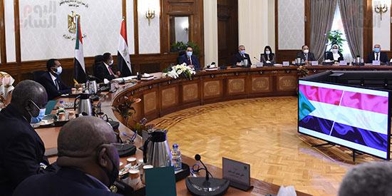 رئيس الوزراء بمؤتمر صحفى مع نظيره السودانى (6)