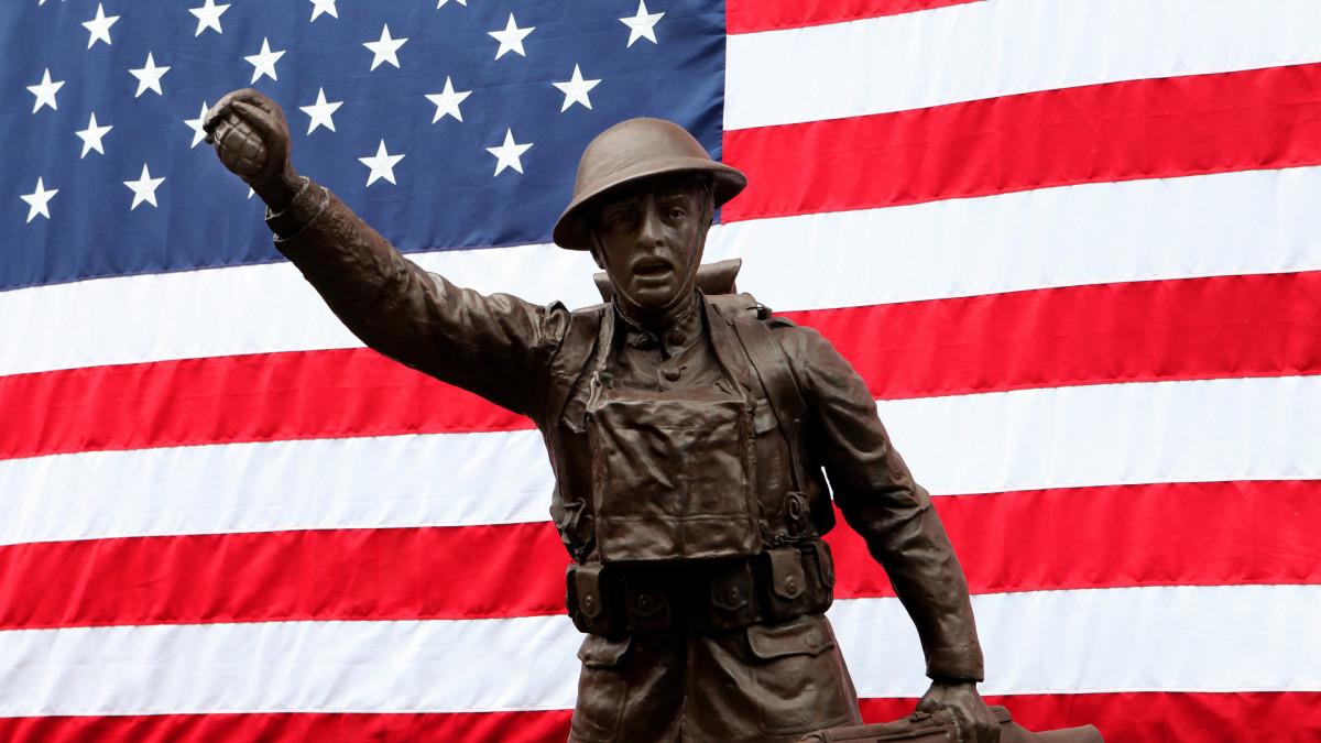 تماثيل التذكارية