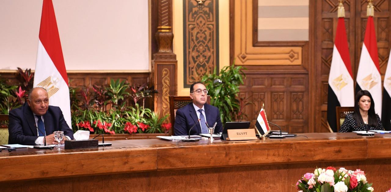 رئيس الوزراء يشارك فى جلسة الحوار الاستراتيجي التي نظمها منتدى دافوس  (2)