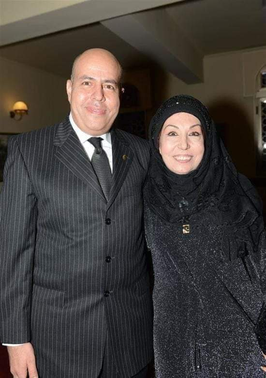أمل إبراهيم فى صورة أخرى ترتدى فيها الحجاب