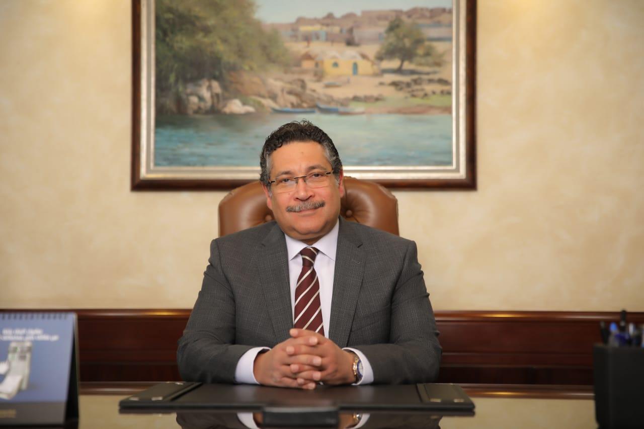 حسن غانم رئيس مجلس الإدارة و العضو المنتدب لبنك التعمير و الإسكان