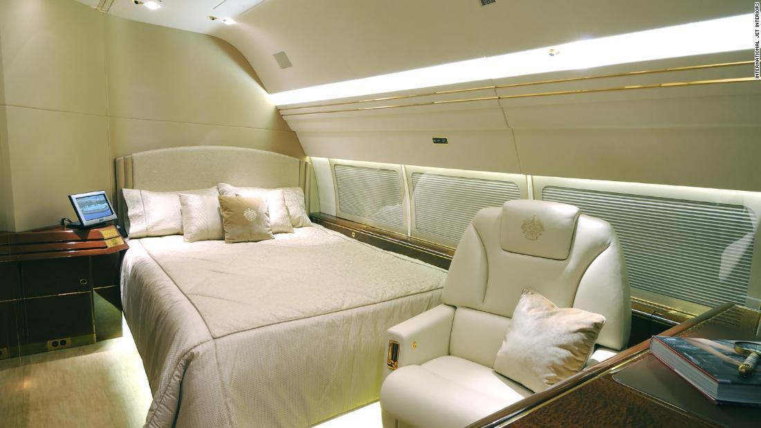 غرفة النوم بالطائرة