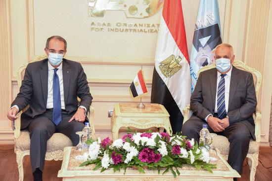 تعاون بين العربية للتصنيع وشركة دولية لمشروعات التحول الرقمى المتكاملة (2)