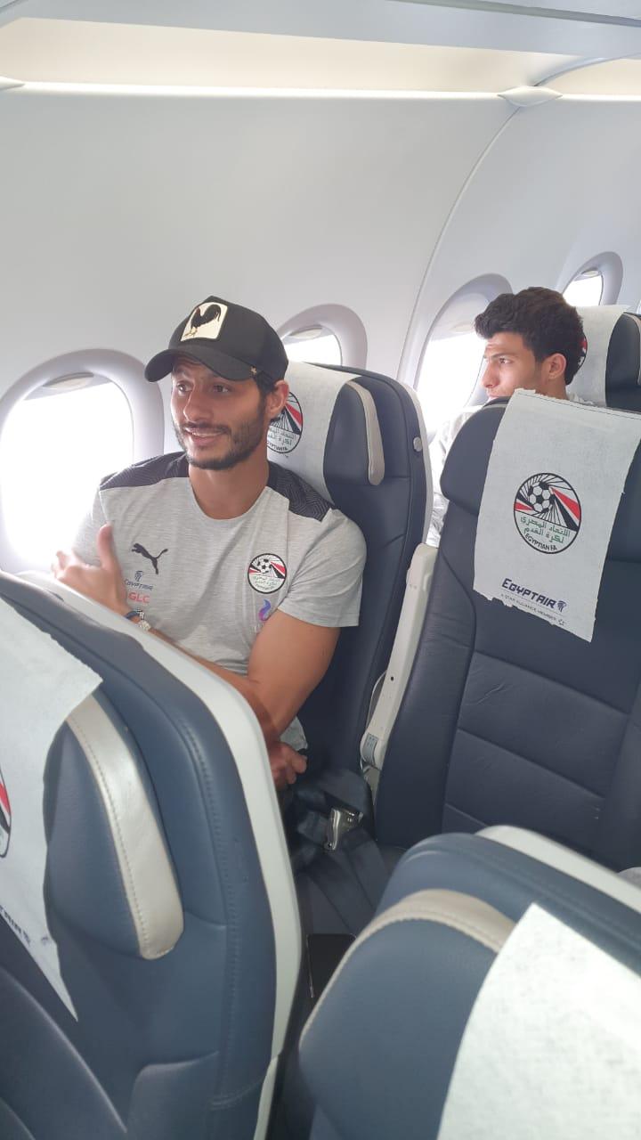 بعثة المنتخب الوطني تطير إلى نيروبي علي متن رحلة خاصة لمصر للطيران (3)