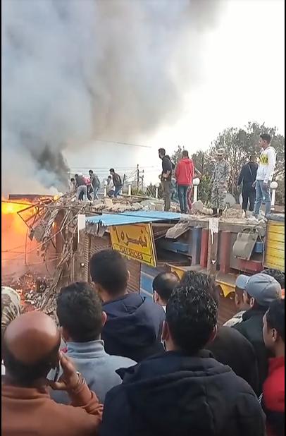 حريق محال بجوار محطة قطار الزقازيق (5)