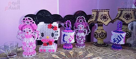 مجموعه من الاشغال اليدويه مصنوعة من الخرز