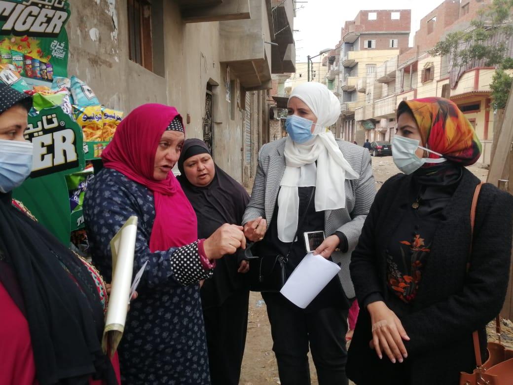 جانب من توعية الاهالي بخطورة الختان في قرى كفر الشيخ