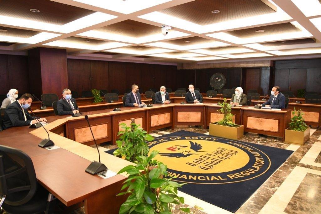 اجتماع نائب رئيس هيئة الرقابة المالية مع شركات التمويل