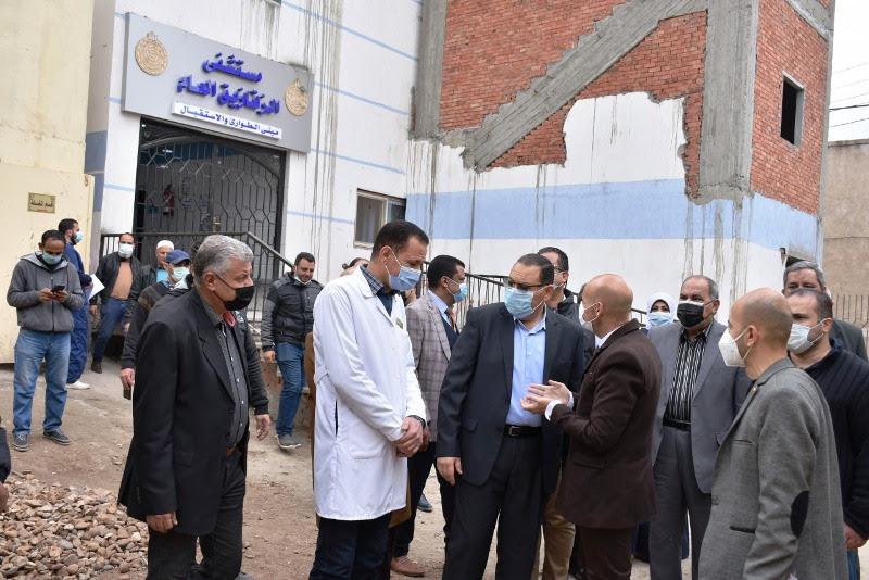 محافظ الشرقية يتفقد تطوير مستشفى الزقازيق العام
