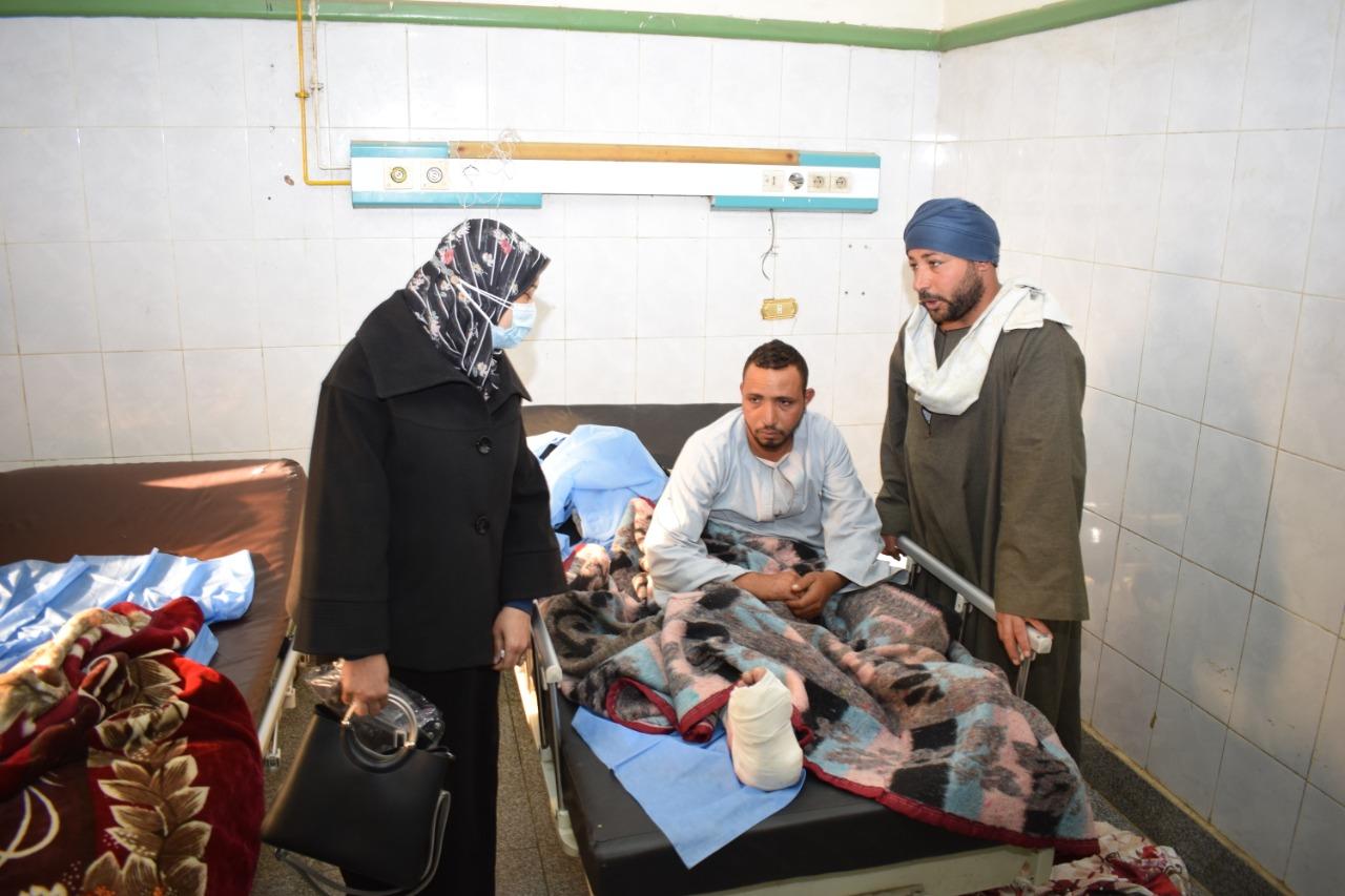 اعضاء مجلس جامعة سوهاج بالمستشفى