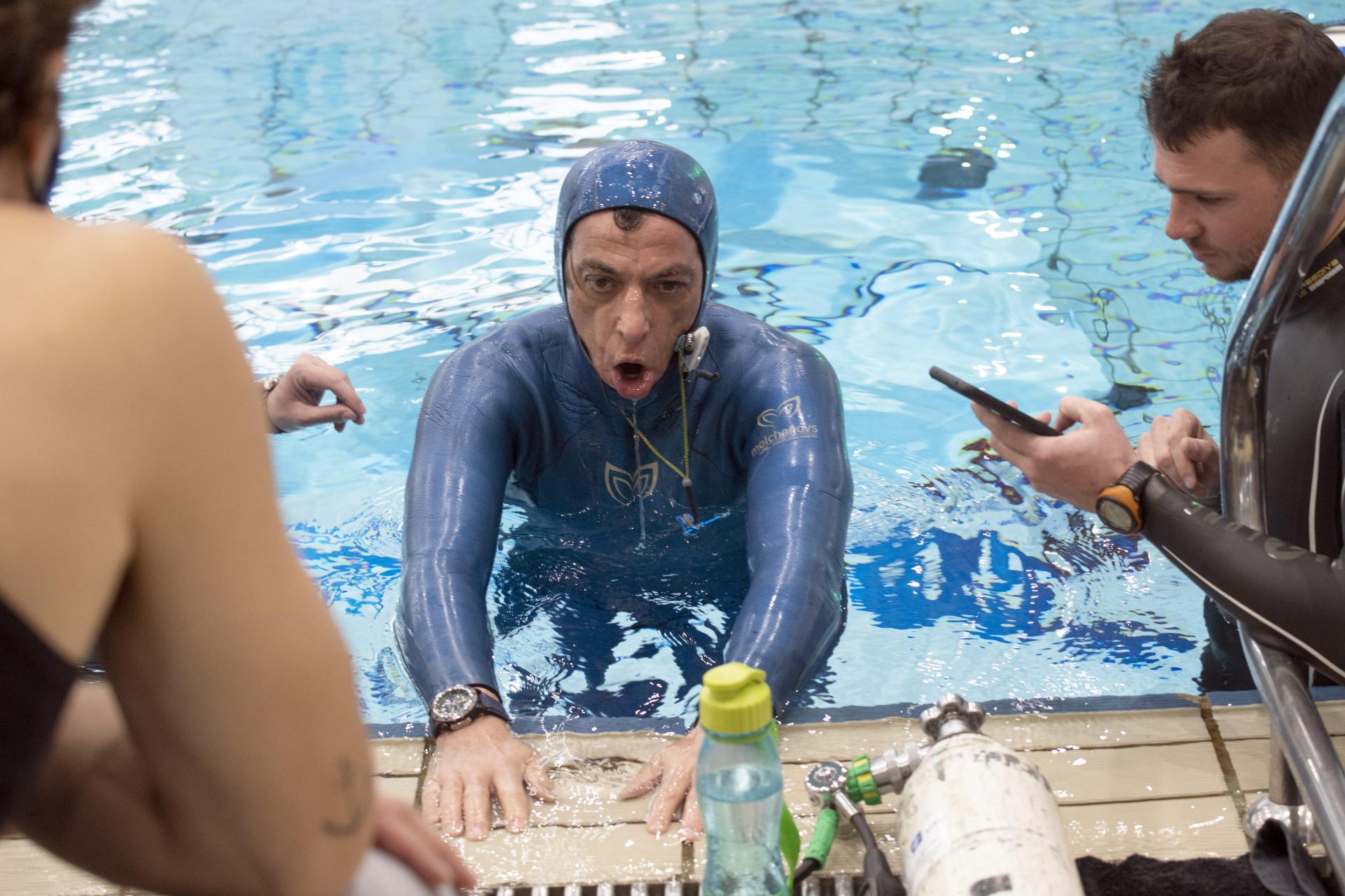 غطاس كرواتى 54 عاما يحبس أنفاسه أكثر من 24 دقيقه تحت الماء (1)