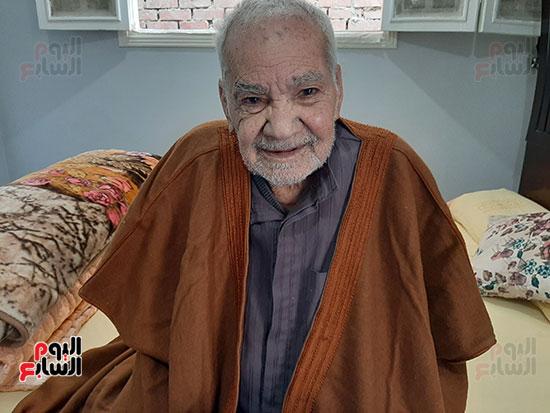 محمد عبد الفتاح إبراهيم 90 عاما (1)