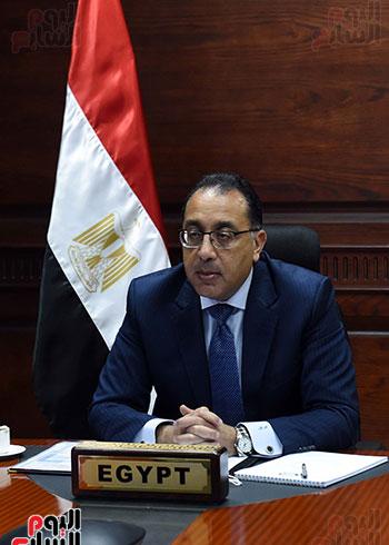 رئيس الوزراء يُلقي كلمة نيابة عن الرئيس السيسي حول متابعة تنفيذ استراتيجية م (8)