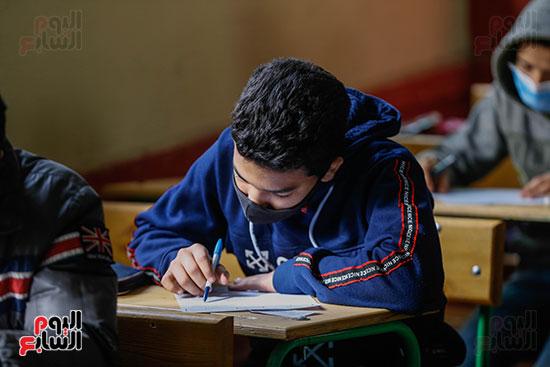 الامتحان المجمع لطلاب الصف الأول الإعدادى للترم الأول (20)