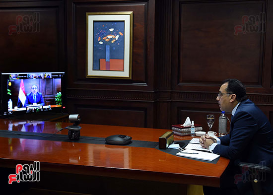 رئيس الوزراء يُلقي كلمة نيابة عن الرئيس السيسي حول متابعة تنفيذ استراتيجية م (6)