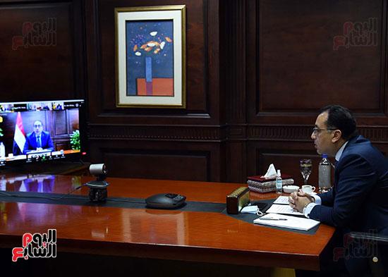 رئيس الوزراء يُلقي كلمة نيابة عن الرئيس السيسي حول متابعة تنفيذ استراتيجية م (5)
