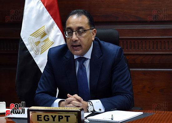 رئيس الوزراء يُلقي كلمة نيابة عن الرئيس السيسي حول متابعة تنفيذ استراتيجية م (11)