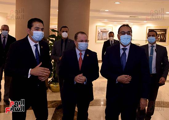 رئيس الوزراء يزور مقر النائب العام لمتابعة جهود التحول الرقمى (3)