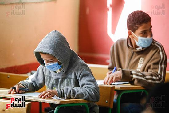 الامتحان المجمع لطلاب الصف الأول الإعدادى للترم الأول (24)