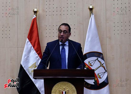 رئيس الوزراء يزور مقر النائب العام لمتابعة جهود التحول الرقمى (25)